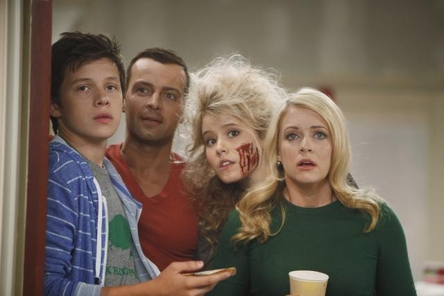 125374 3251 pre1 Melissa & Joey Returns Tonight With Two Episodes