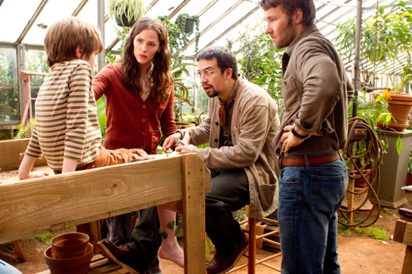 """THE ODD LIFE OF TIMOTHY GREEN""- Photo ID, left to right:  Cameron ""CJ"" Adams, Jennifer Garner, Lin-Manuel Miranda, Joel Edgerton Ph: Phil Bray"
