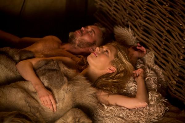 Ragnar Lothbrok (Travis Fimmel) and his beautiful wife La gertha (Katheryn Winnick)