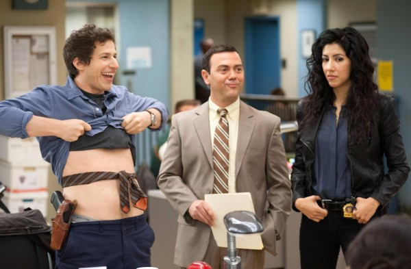 brooklyn nine nine 5 600x393 Brooklyn Nine Nine Review   Samberg Takes Cops For A Ride